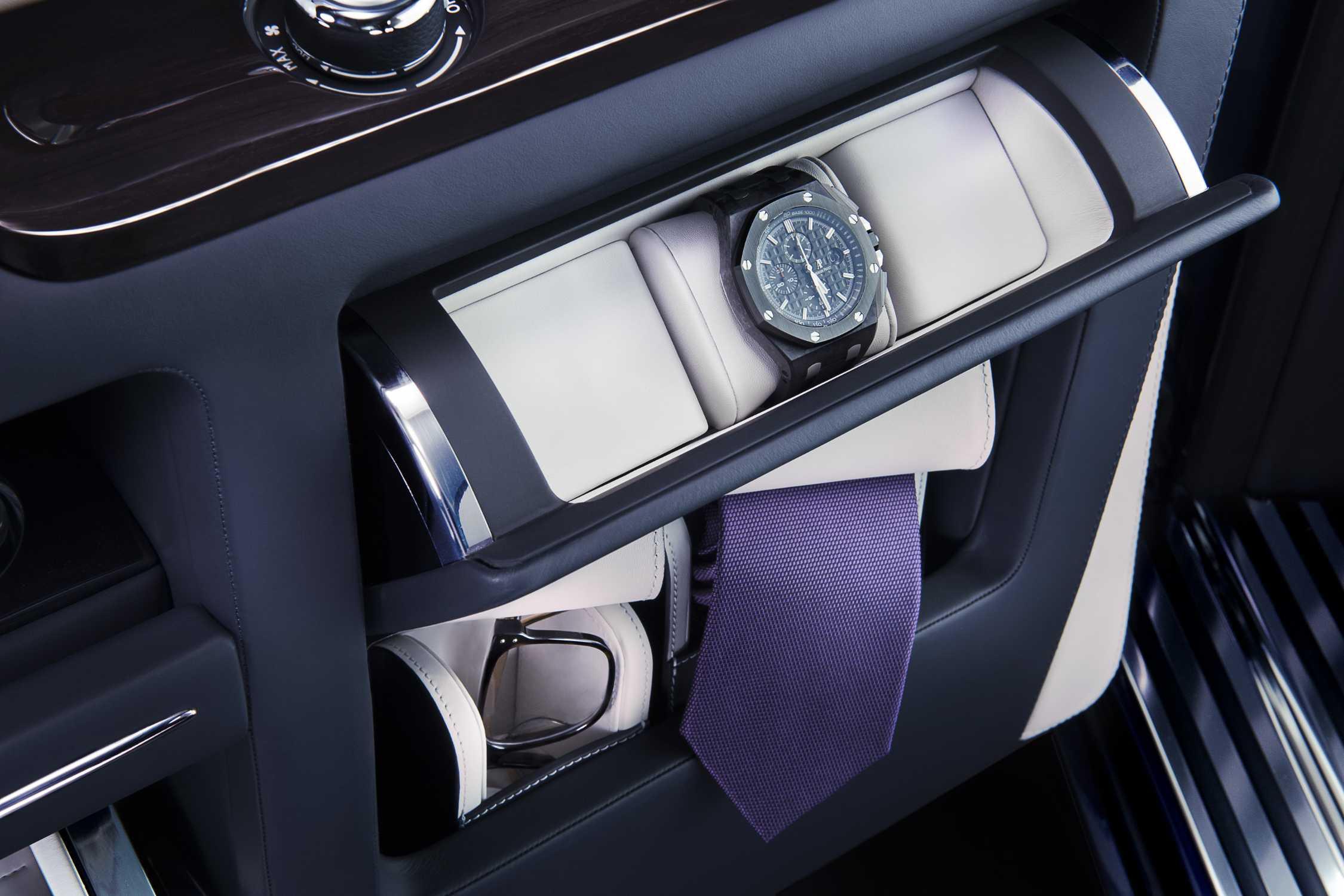 Amazing Rolls Royce Press Club