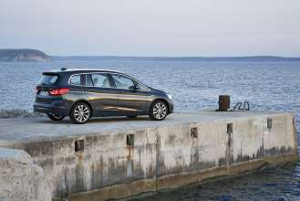 The new BMW 220d xDrive Gran Tourer. On Location. (04/2015)