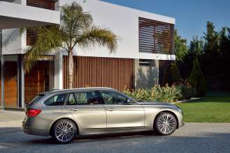 The new BMW 3 Series Touring, Model Luxury Line (05/2015) 