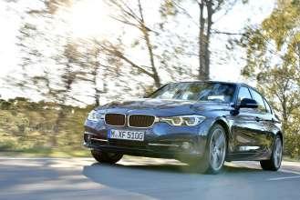 Die neue BMW 3er Limousine, Modell Sport Line (05/2015) Mediterranblau metallic.