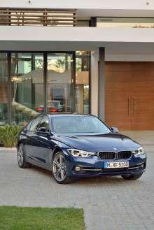 The new BMW 3 Series Sedan, Model Sport Line (05/2015) Mediterranean Blue metallic.