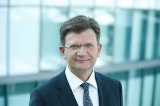Klaus Fröhlich, from 9 December 2014 Member of the Board of Management of BMW AG, Development (04/2015).