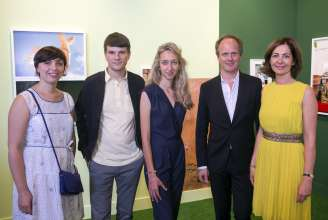 BMW exhibiting artists Mazaccio & Drowilal, Laureates of the BMW Residency Program, at Paris Photo LA 2015. (L to R: Emmanuelle Vieillard, Curator musée Nicéphore Niépce, Robert Drowilal and Elise Mazac, Artists, Christoph Wiesner, Paris Photo Artistic Director, Florence Bourgeois, Director of Paris Photo)