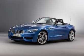Der neue BMW Z4 in Estoril blau metallic (07/2015).