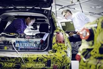 IT-Experten in der Fahrzeugentwicklung bei der BMW Group