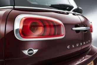 The new MINI Clubman. Pure Burgundy metallic. (06/2015)