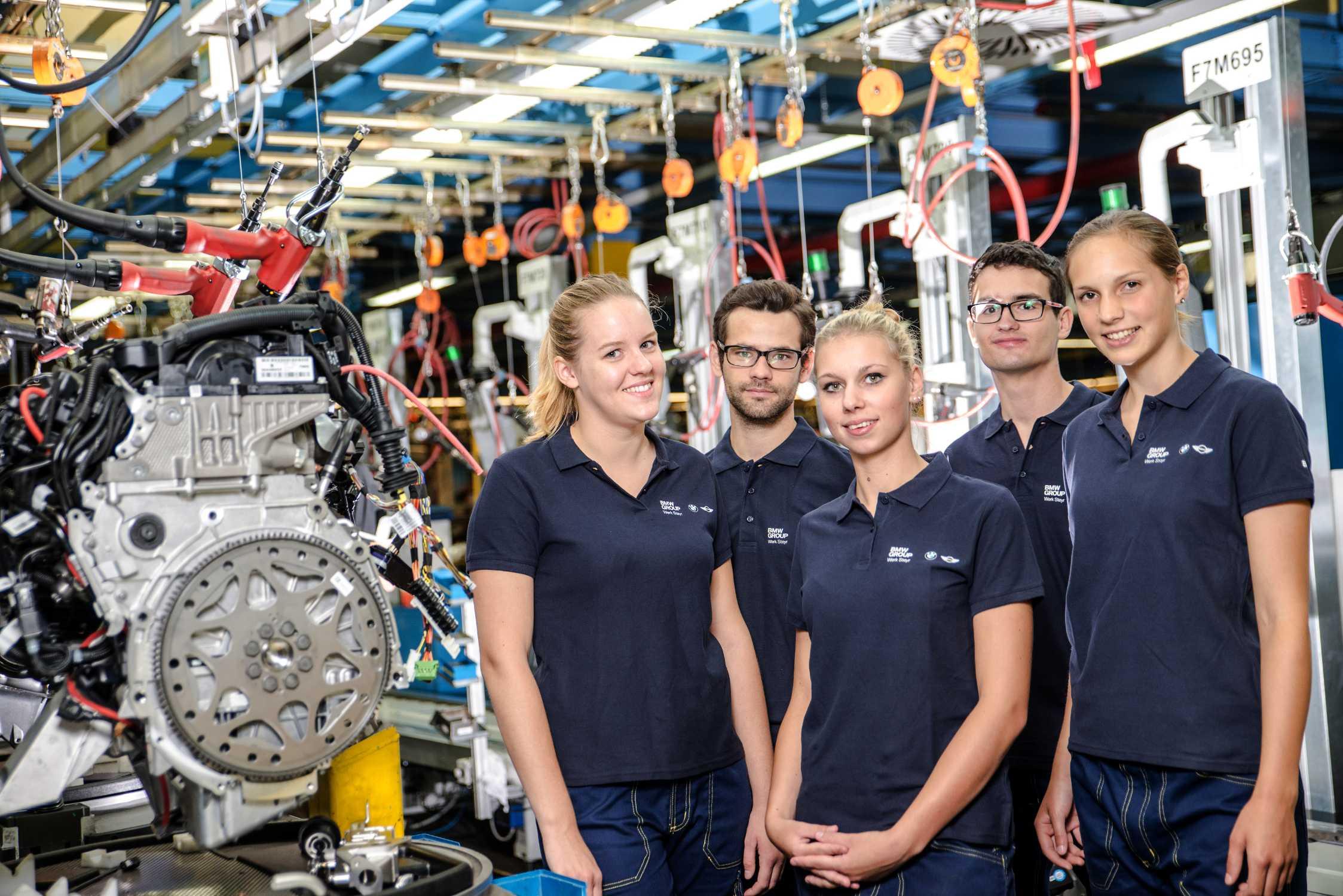 Bmw Group Infos Zum Unternehmen Jobs Investor Relations Summer
