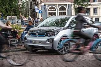 BMW i3 - Urban mobility (07/2015)