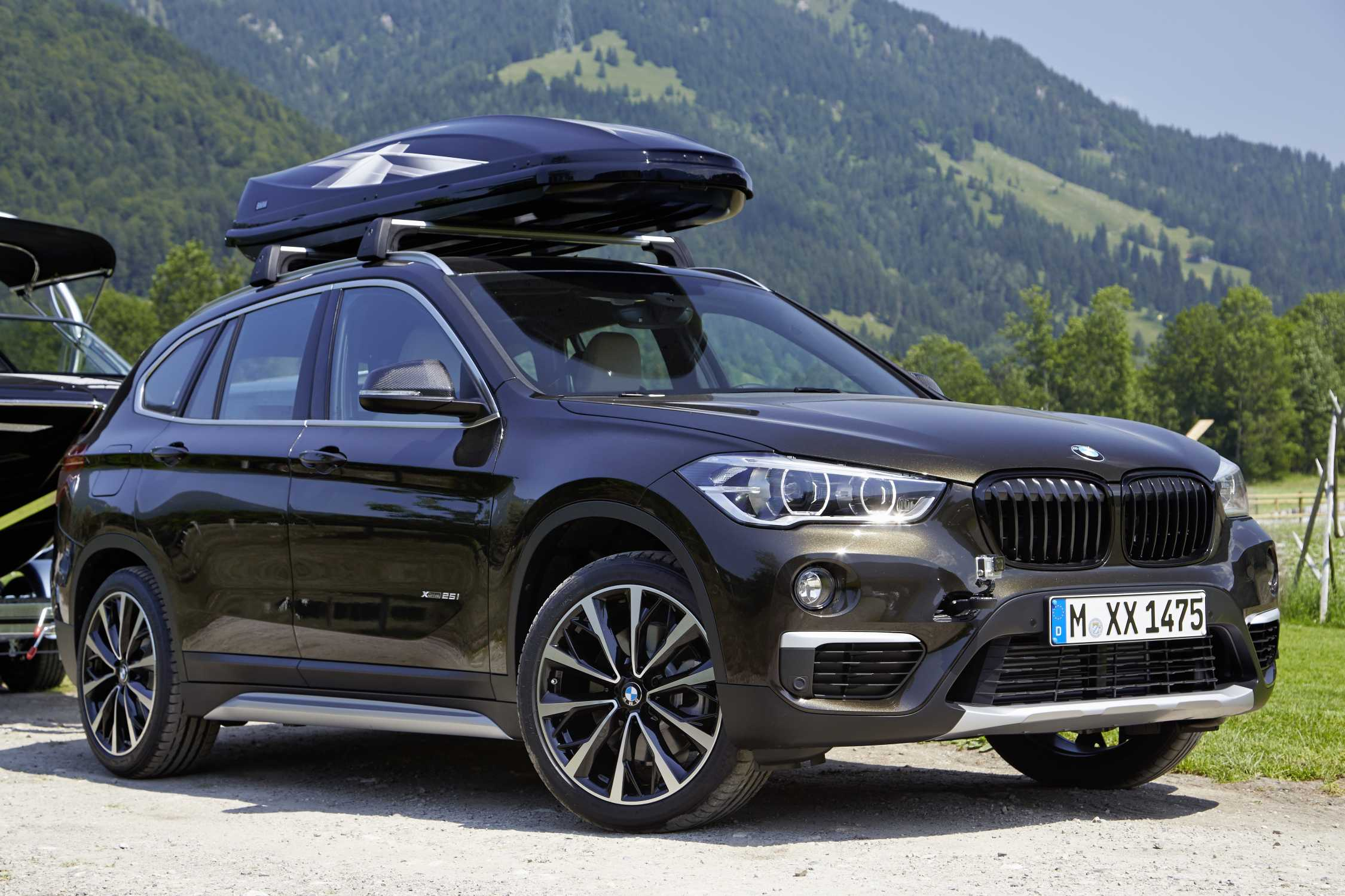 The New BMW X On Location Pictures VSpoke Black - Black bmw x1