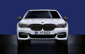 BMW 7er Limousine Langversion, BMW M Performance Frontziergitter schwarz, Außenspiegelkappen Carbon (08/2015).