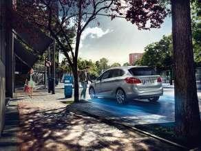 The BMW 225xe Active Tourer (09/2015)