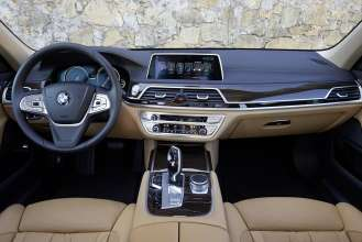 The new BMW 740Le (08/2015).