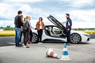 """BMW i meets BMW M"", ein neues Training der BMW Driving Experience. (08/2015)"