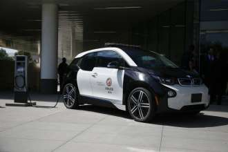 Los Angeles Police Department selects BMW i3 EV for year-long fleet evaluation as part of the Department's green vehicle initiative.
