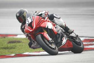 Sepang (MAL) 13rd September  2015. Team BMW Rider Colin Butler    #31 (UK) riding the BMW S1000RR. This image is copyright free for editorial use © BMW AG