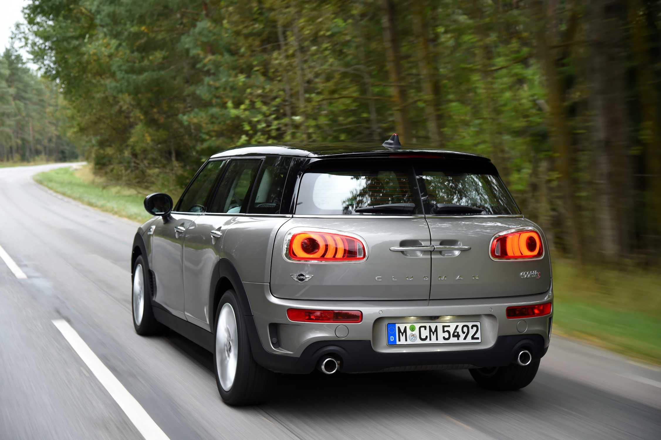 mini cooper s clubman melting silver metallic 09 2015. Black Bedroom Furniture Sets. Home Design Ideas