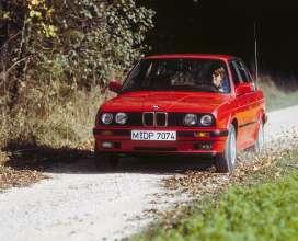 BMW 325iX E30 (10/2015)