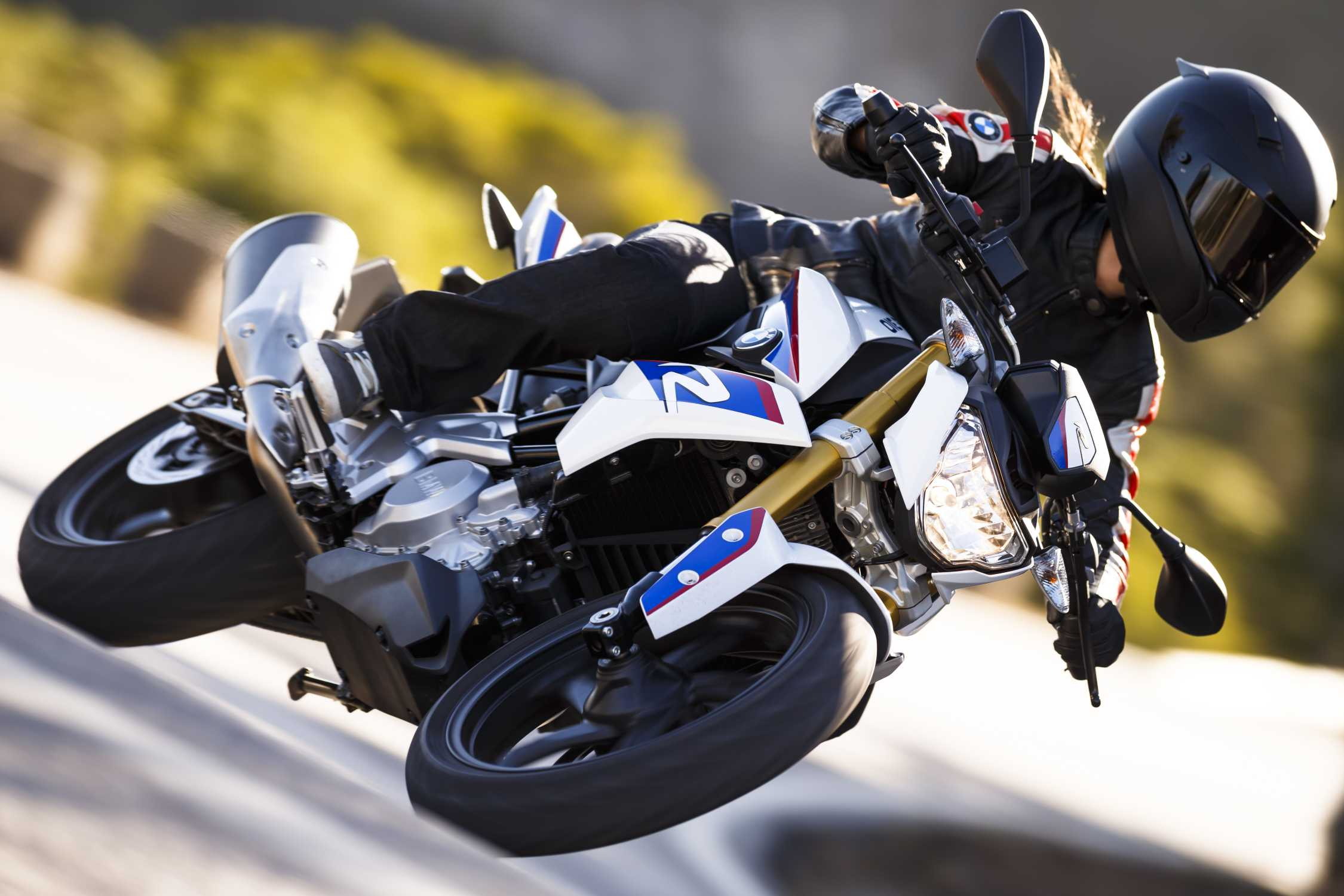 Мотоцикл BMW G310R - omoimot.ru