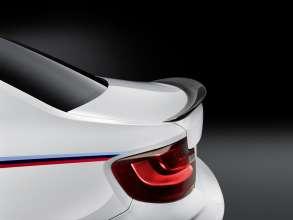 BMW M2 Coupé with BMW M Performance Parts carbon rear spoiler (11/2015)