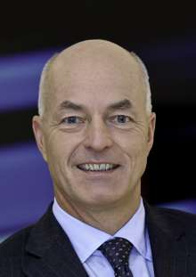 Karsten Engel, President and CEO of BMW Group Region China (11/2015)
