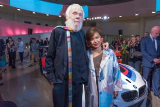 John Baldessari and Cao Fei, the new BMW Art Car artists, at the announcement event at the Guggenheim Museum, New York. (11/2015)