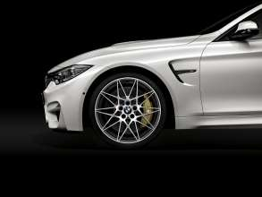 The new Competition Package for the BMW M3 and BMW M4 (01/2016).