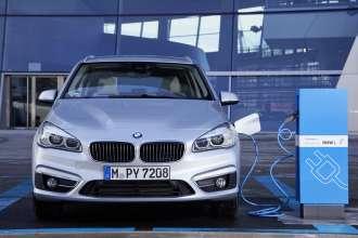 BMW 225xe (01/2016)