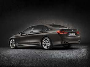 BMW M760Li xDrive - Exterior - BMW Individual Frozen Dark Brown metallic (02/2016).