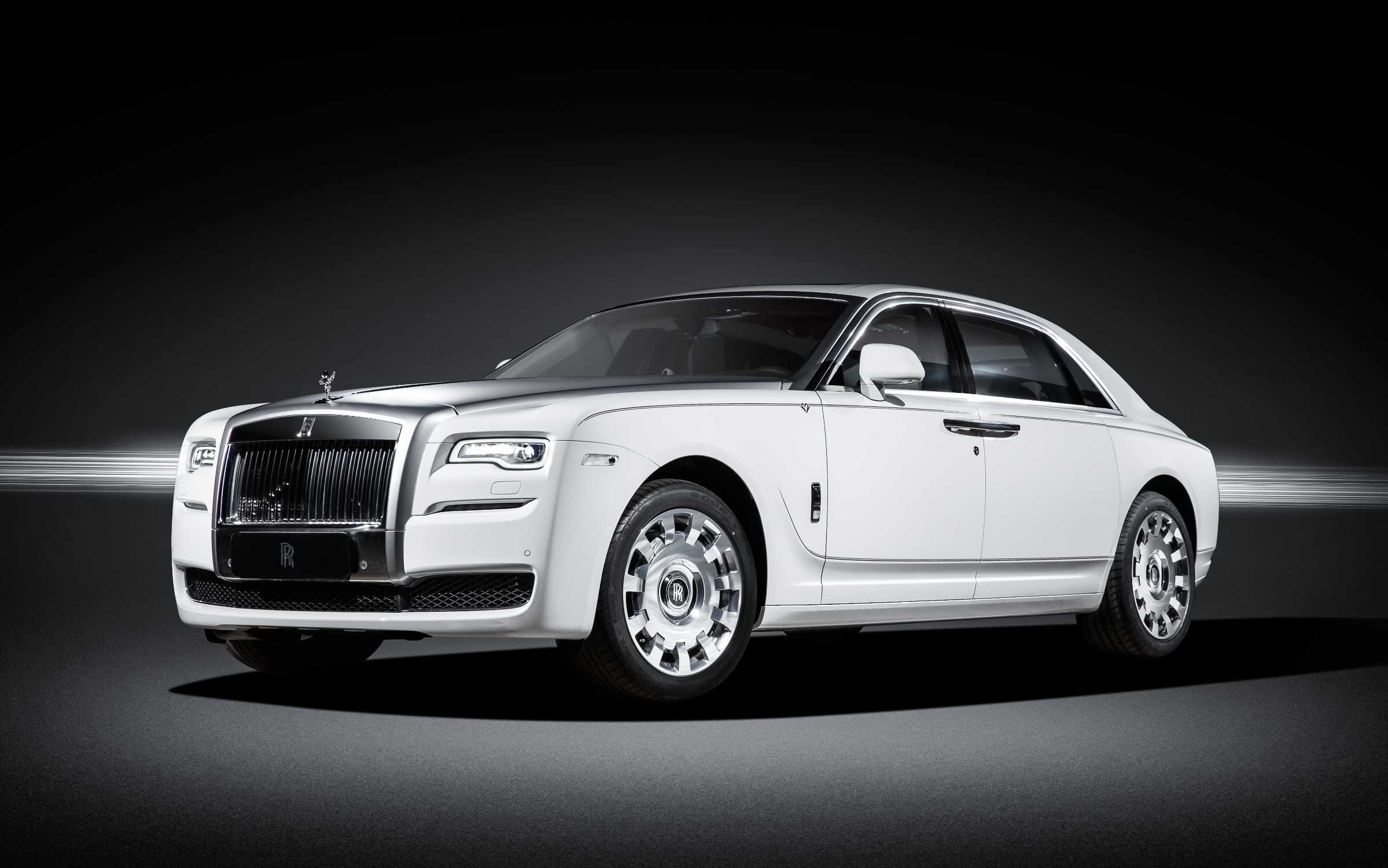 ROLLS-ROYCE MOTOR CARS UNVEILS GHOST 'ETERNAL LOVE' COLLECTION TO CHINA