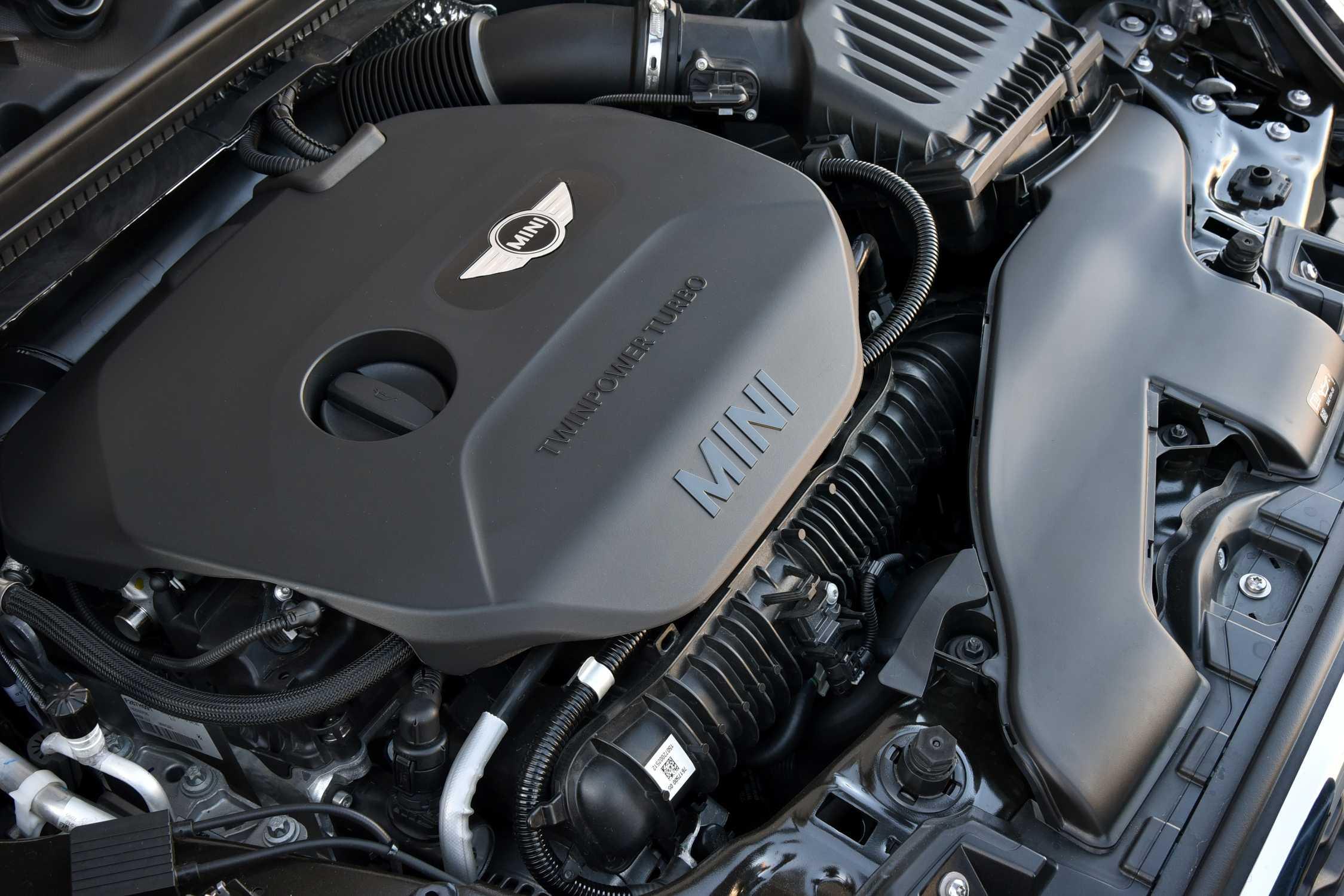 MINI Cooper S Convertible  2 0 litre MINI TwinPower Turbo in