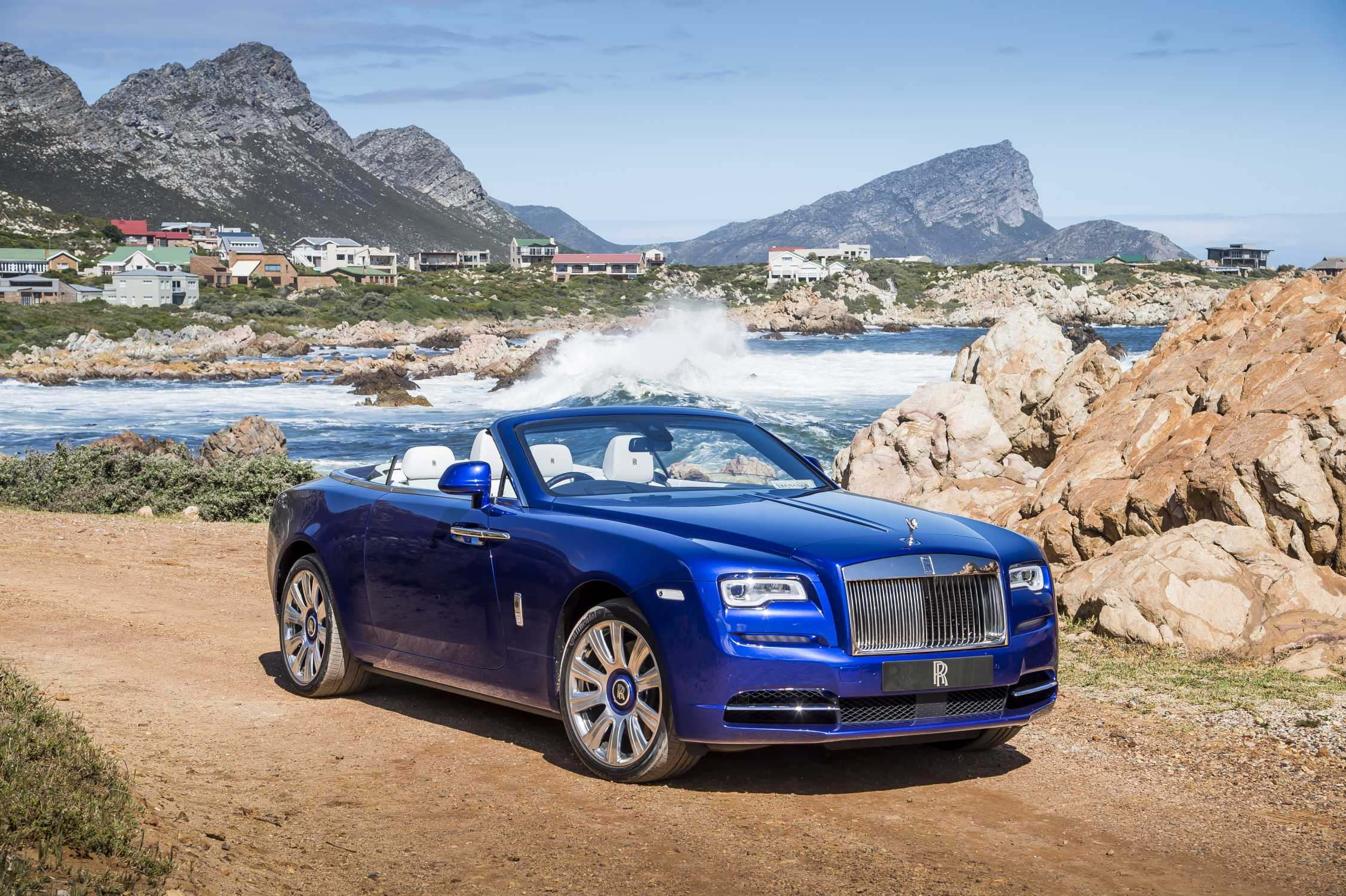 Best Luxury Cars - Rolls-Royce Dawn