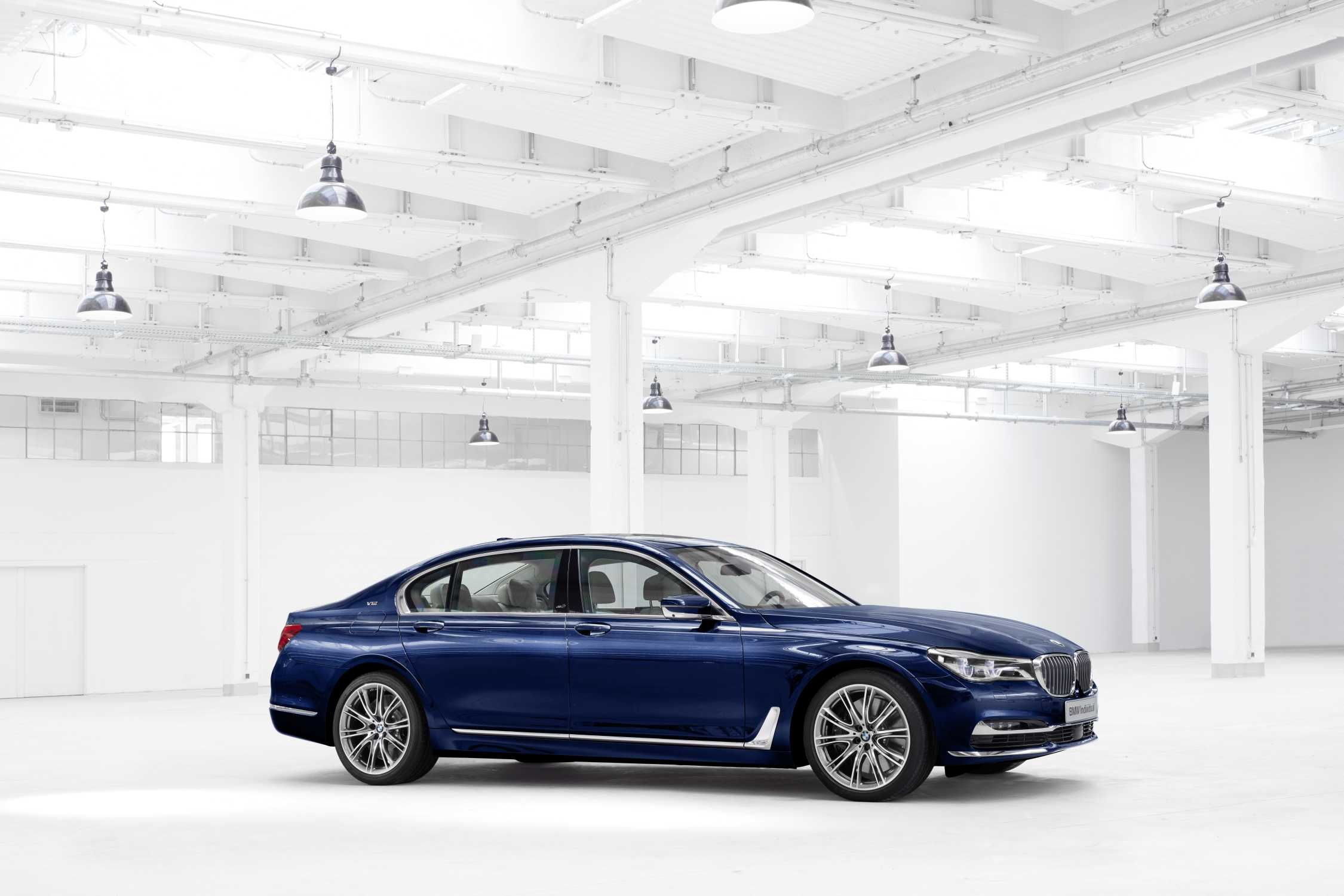 Trendsetting Luxury Bmw 7 Series Centennial Models Bmw Individual 7 Series The Next 100 Years