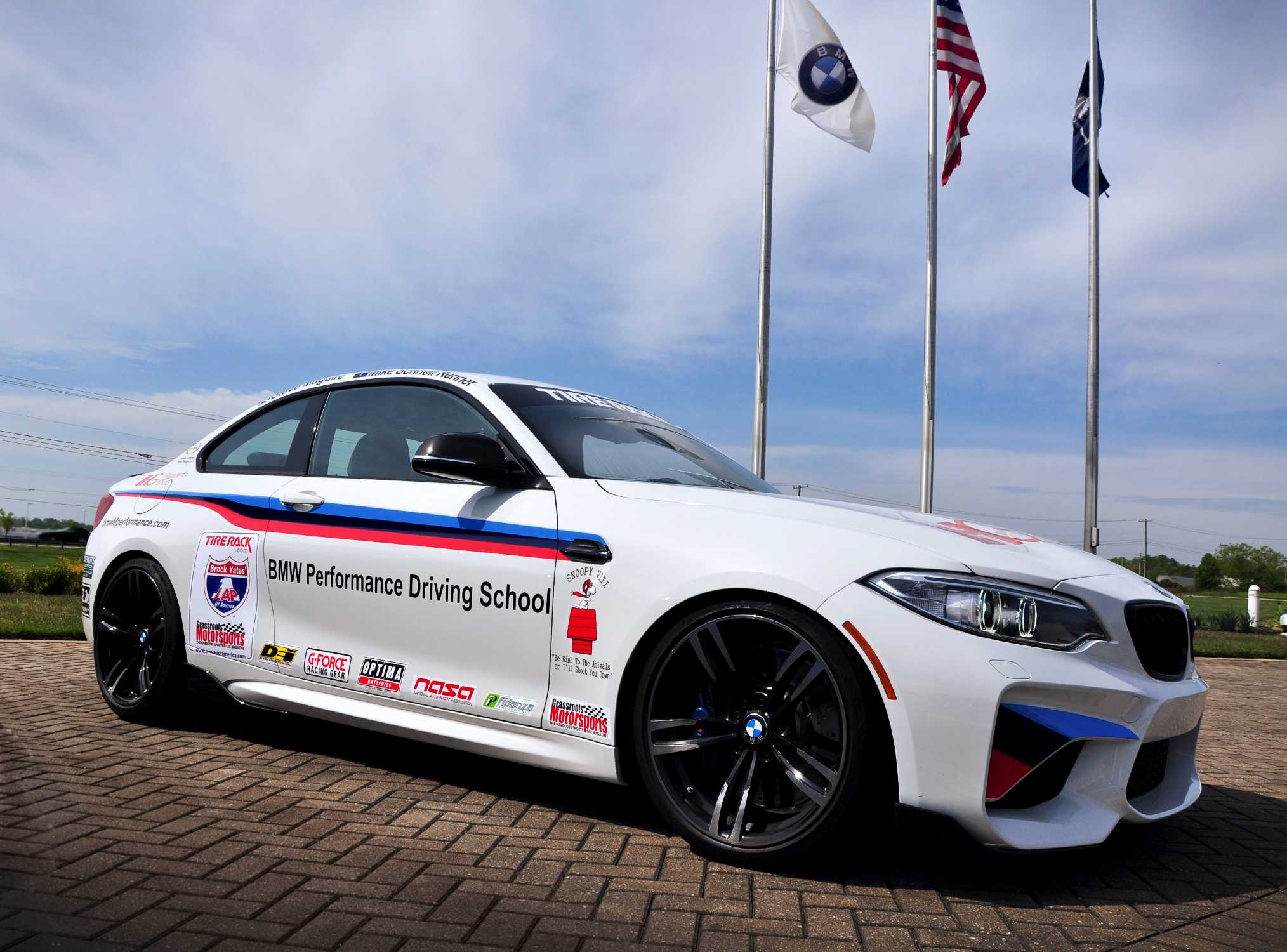 The Bmw Performance Center To Contest The 2016 One Lap Of