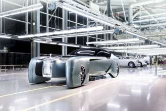 ROLLS-ROYCE VISION NEXT 100 - A GRAND VISION OF THE FUTURE OF LUXURY MOBILITY