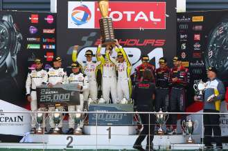 28.07.2016 to 31.07.2016, 2016 Blancpain GT Series Endurance Cup, Total 24 Hours of Spa, Spa Francorchamps, Spa (BEL). Podium, Alexander Sims (GBR), Philipp Eng (AUT), Maxime Martin (BEL), No 99, Rowe Racing, BMW M6 GT3