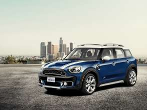 The new MINI Cooper S Countryman ALL4 in Los Angeles. (11/2016)