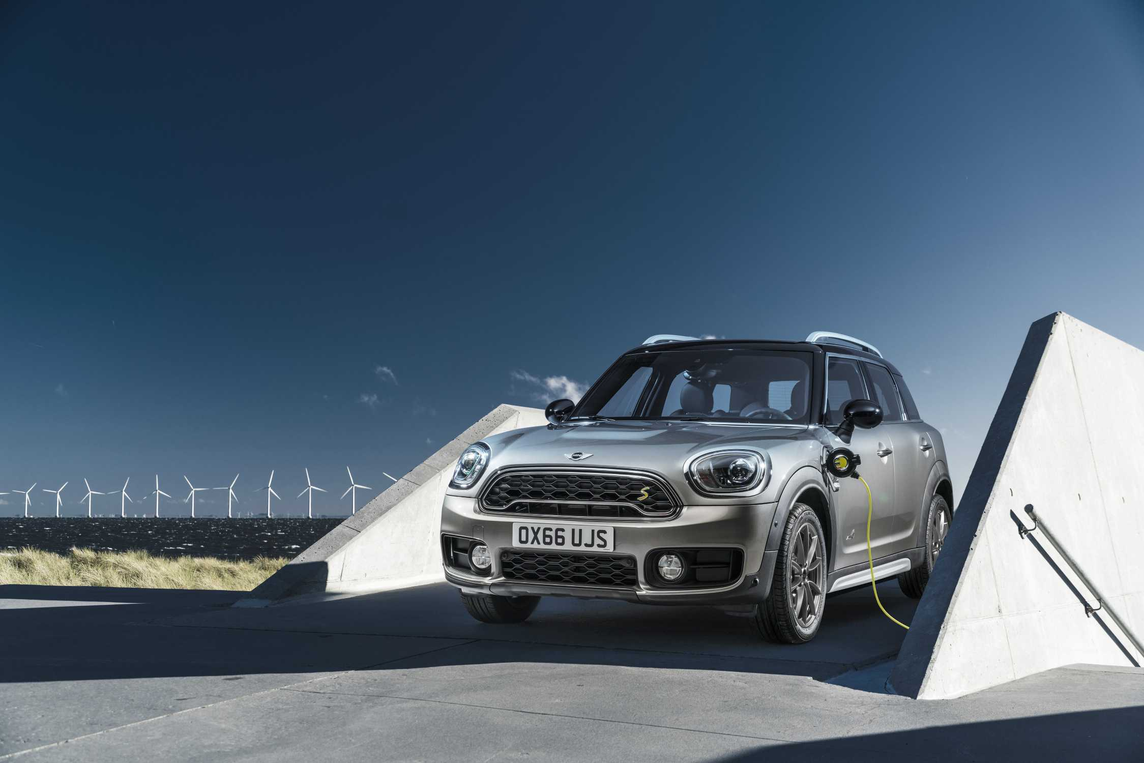 Charged For Fun Launch Of The Mini Cooper S E Countryman All4