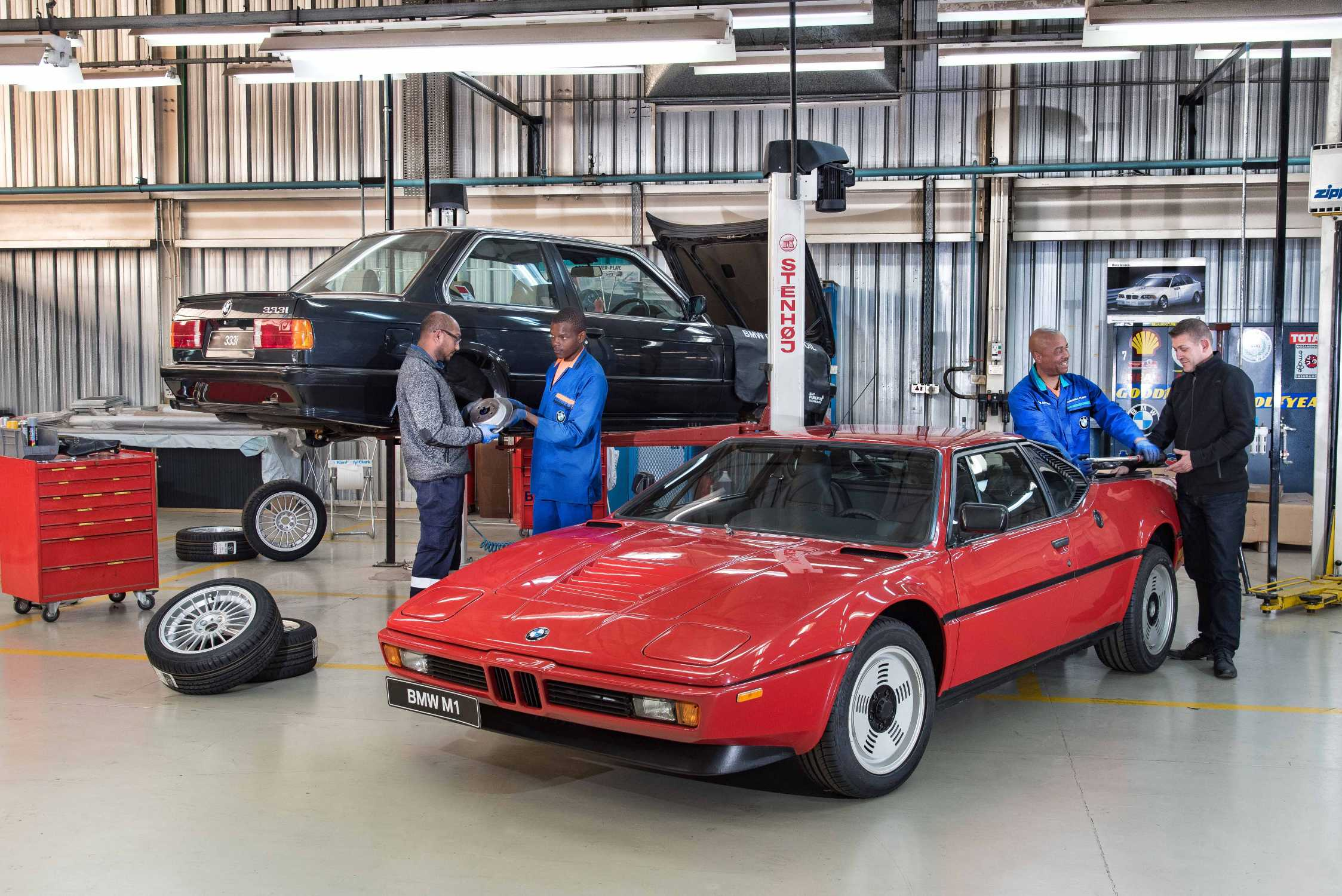 BMW South Africa refurbishes its classic cars: the legendary BMW M1 ...