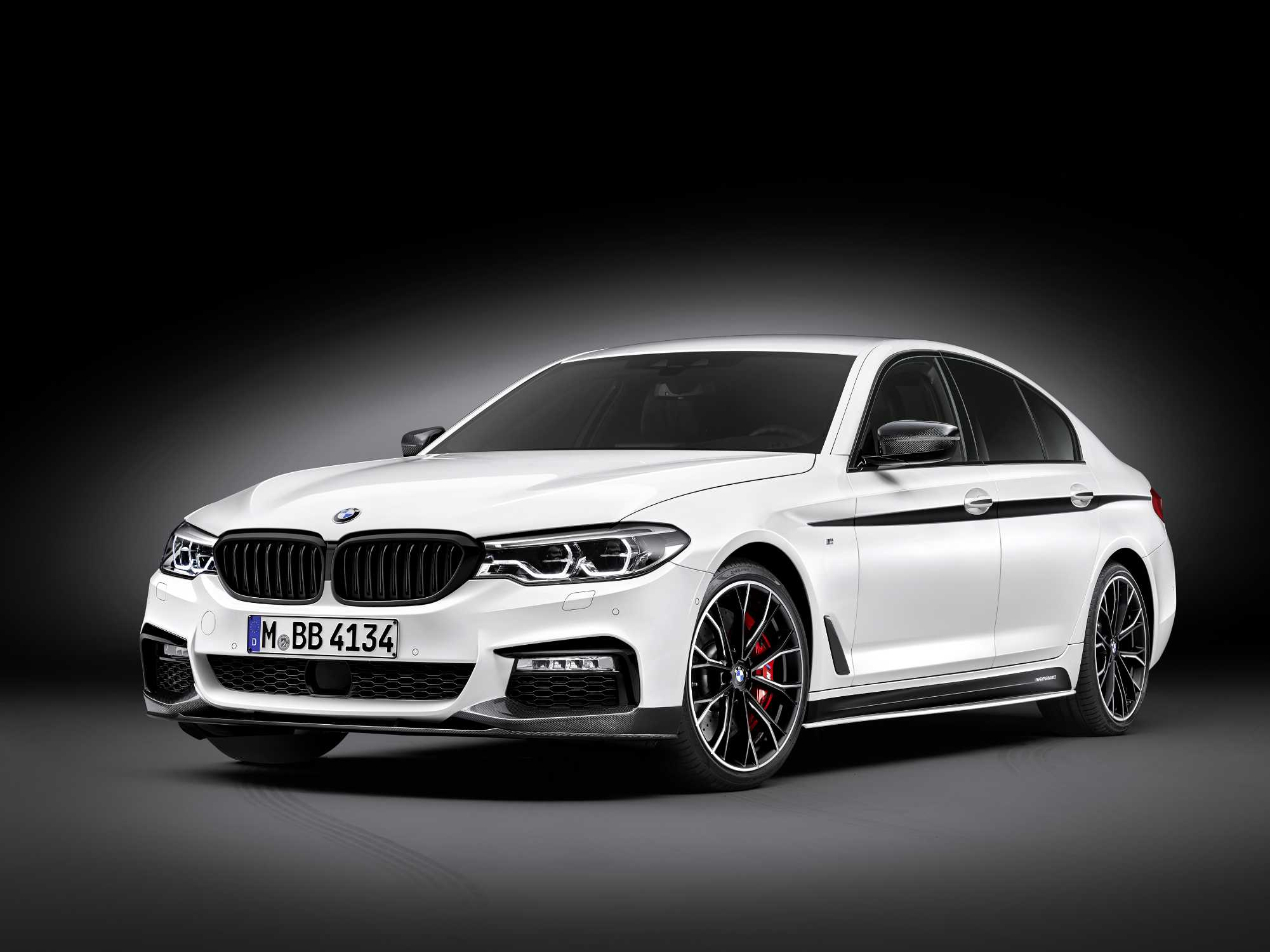 Motorsport Passion In The Business Class The New Bmw 5