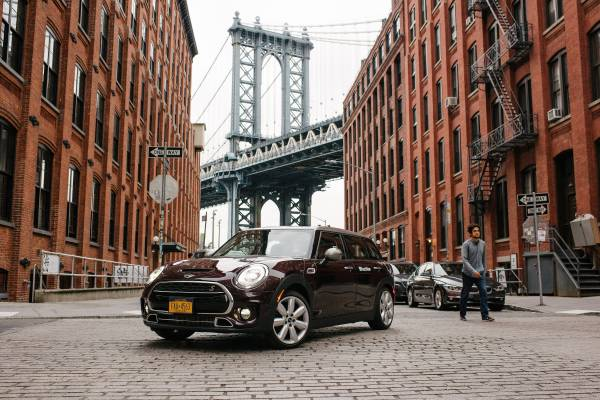 Bmw Group Expands Its Us Premium Car Sharing Service Reachnow To Brooklyn New York And Launches Four New Mobility Services As A Pilot