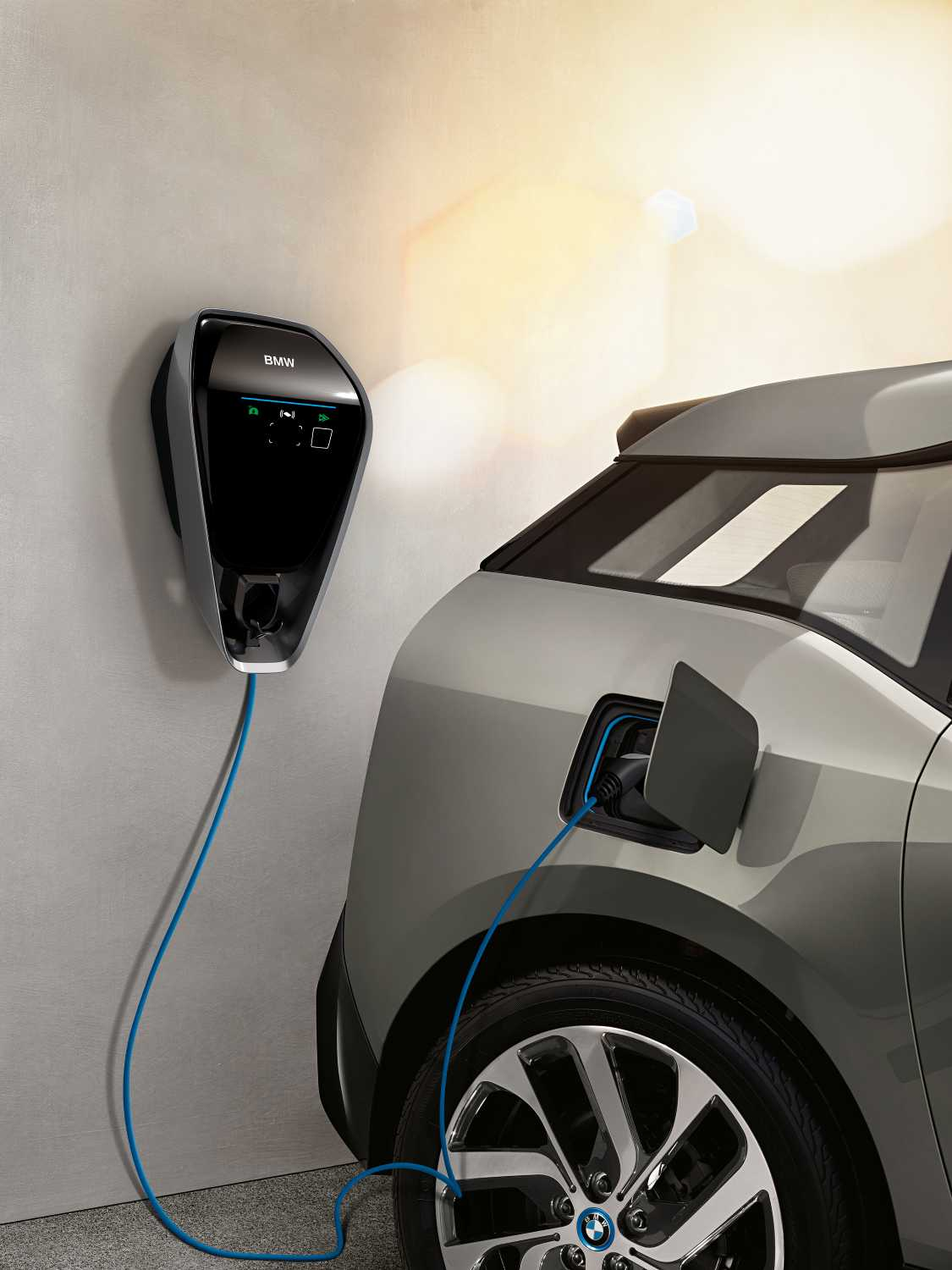 Bmw I Wallbox For Charging At Home Up To 22kw Charging Power Optional Intelligent Use Of Own Solar Electricity Local Electricity Traiff Options Smart Home Connection Rfid Access