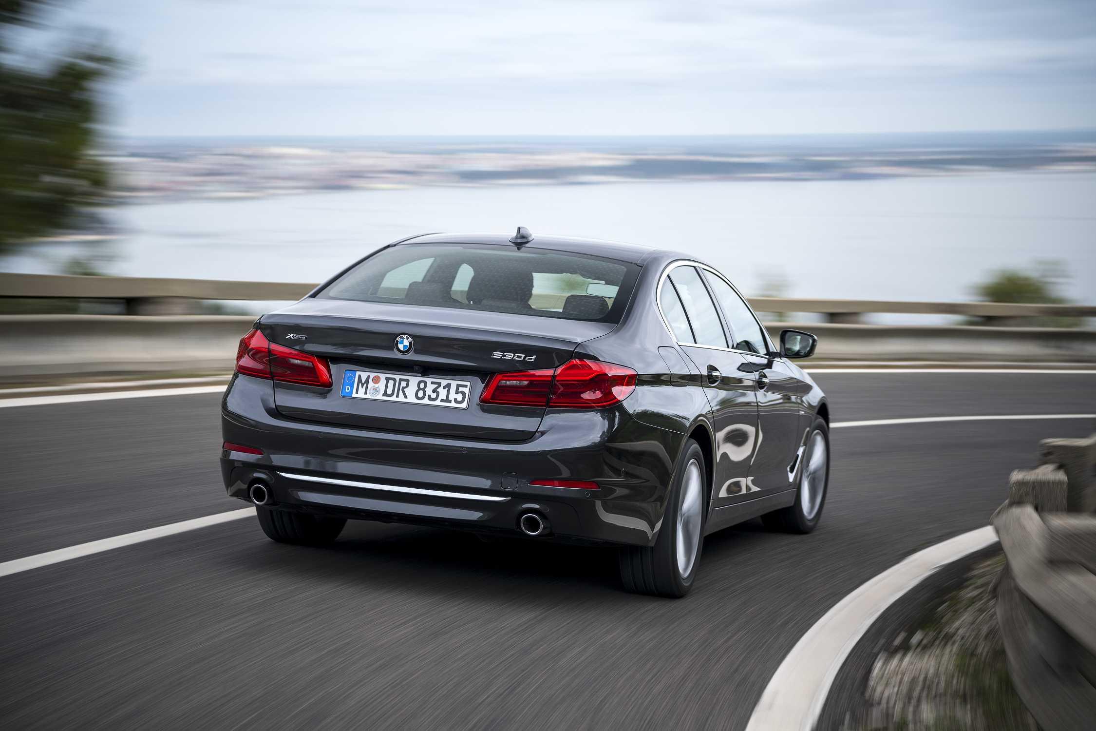 the new luxury sedan - photo #26