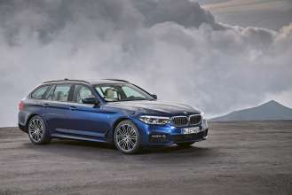The new BMW 5 Series Touring; BMW 530d xDrive Touring (02/2017).