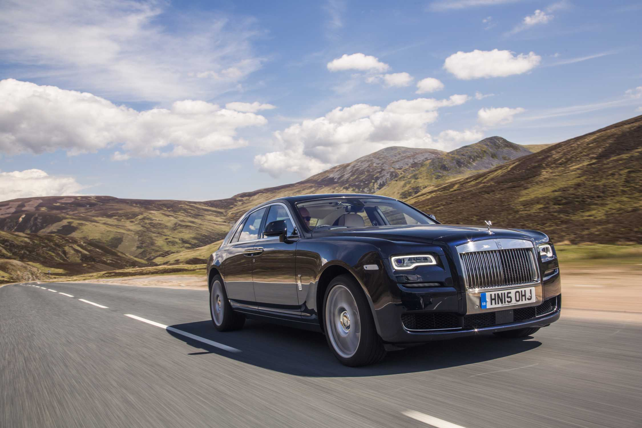 Rolls Royce Ghost Extended Wheelbase Named Best Super Luxury Car By What