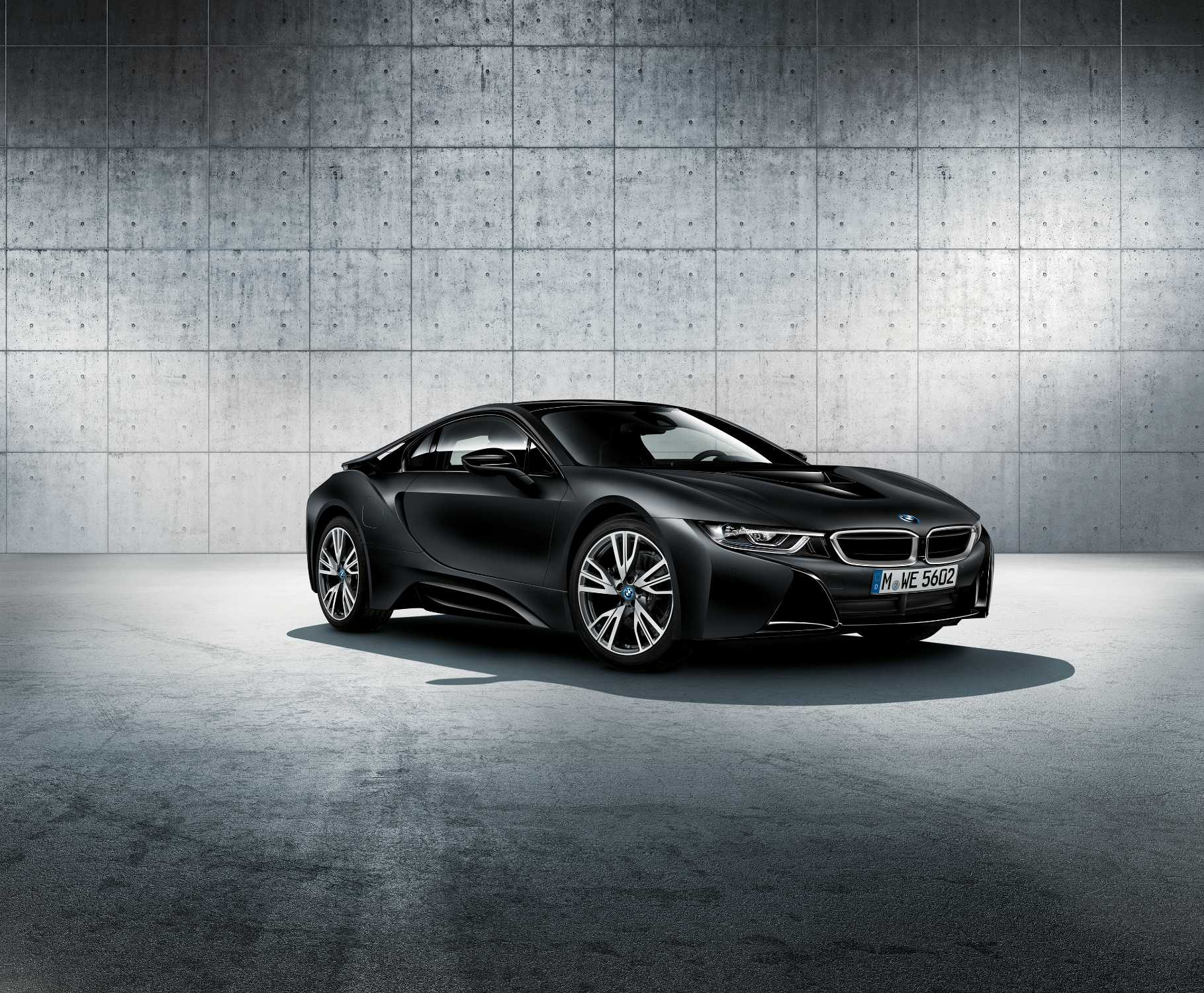 The new bmw i8 frozen black edition 01 2017
