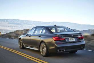 BMW M760Li xDrive - Onlocation Scenic Drive (02/2017).