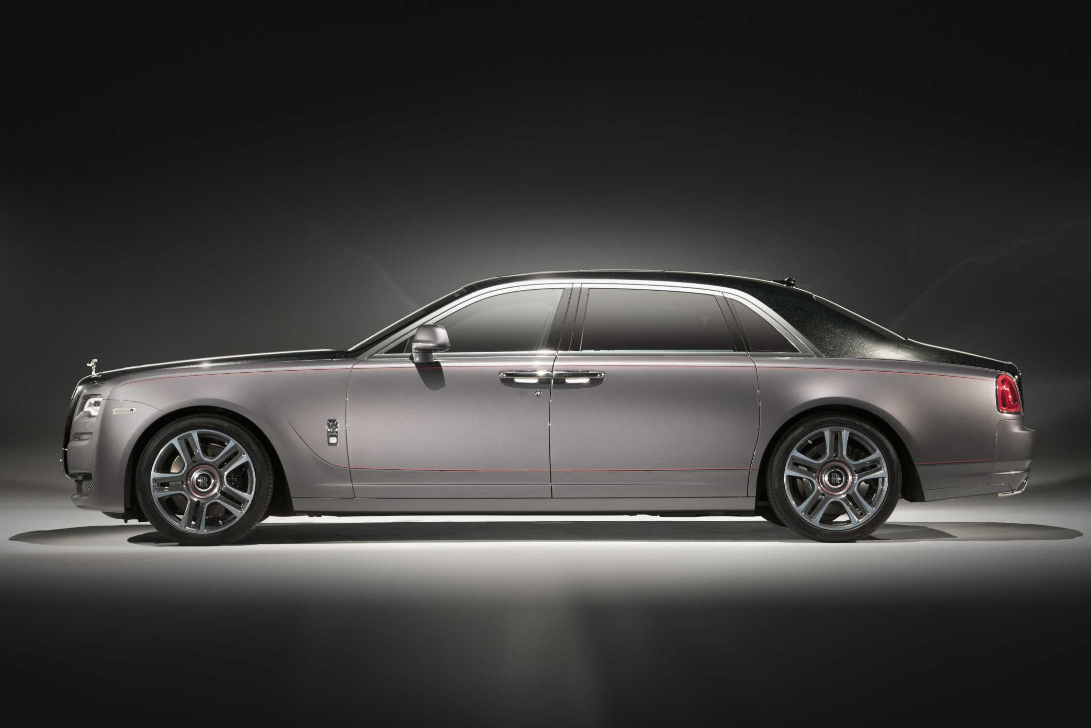 rolls royce brings elegance to the 2017 geneva motor show as it demonstrates the many facets of. Black Bedroom Furniture Sets. Home Design Ideas