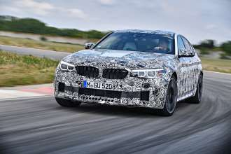 The new BMW M5 with M xDrive (05/2017).