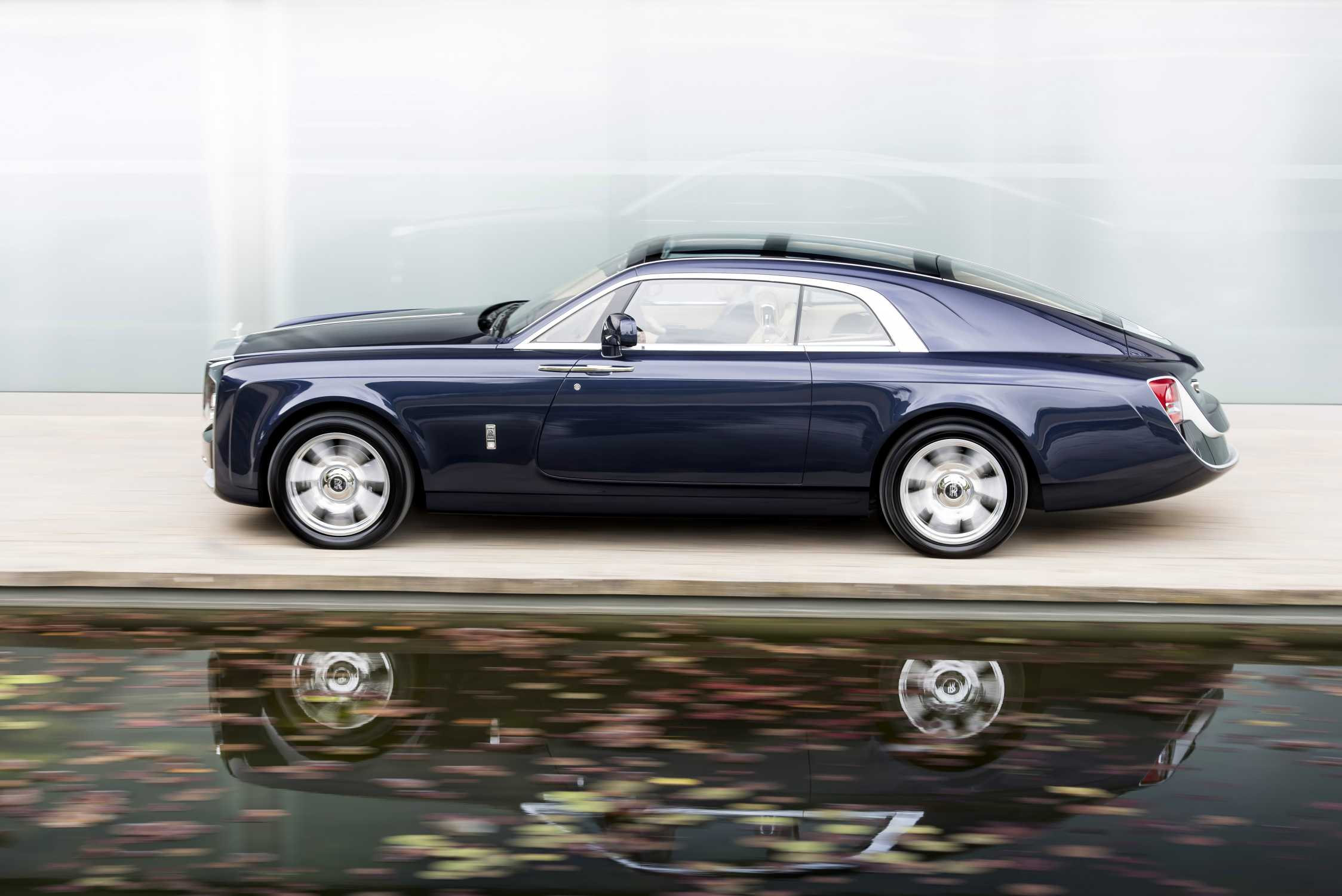 Rolls Royce Motor Cars 2017 The Year Of Bespoke