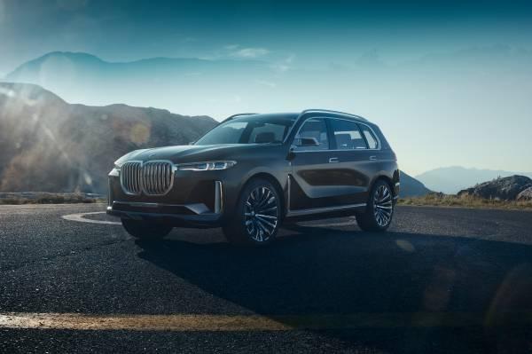 BMW Concept X7 iPerformance. (09/2017)